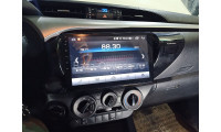 Головное устройство для Toyota Hilux с 2015г. выпуска