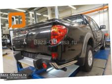 Защита заднего бампера уголки D76 на Mitsubishi L200 Triton LONG до 2014г. выпуска