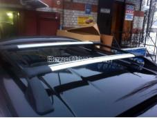 Алюминиевые поперечины на рейлинги на Volkswagen Amarok