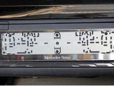 "Рамка номерного знака ""TCC"" на Mercedes-Benz X-Class"