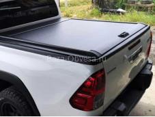 Роллета алюминиевая 1533153 для Toyota Hilux с 2015г. выпуска