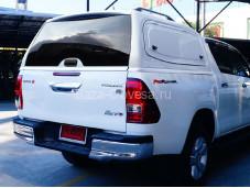 "Металлический кунг V2 с открывающимися окнами ""Sammitr"" на Toyota Hilux с 2015г. выпуска"