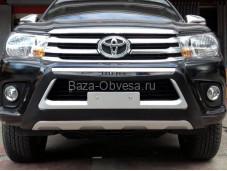 Защита переднего бампера PW01783901 на Toyota Hilux с 2015г. выпуска