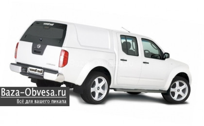 "Кунг RH02 Standart из стекловолокна ""Road Ranger"" на Nissan Navara"