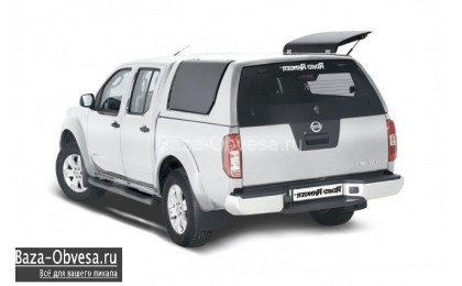 "Кунг RH03 Profi из стекловолокна ""Road Ranger"" на Nissan Navara"