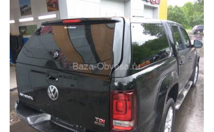 """Кунг RH4 Special из стекловолокна """"Road Ranger"""" на Volkswagen Amarok"""