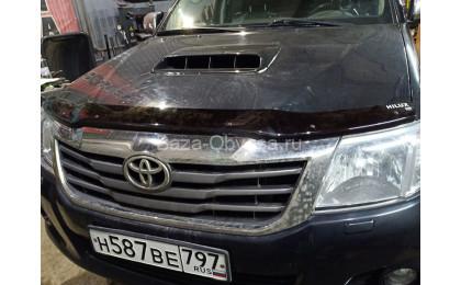 Дефлектор капота для Toyota Hilux с 2011 до 2015г. выпуска