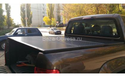 """Трех секционная крышка кузова """"Ruggedliner"""" на Volkswagen Amarok"""