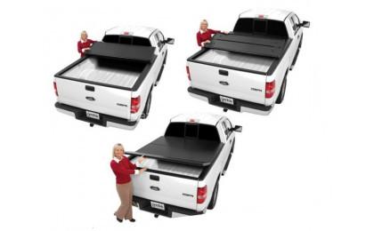 """Трехсекционная крышка кузова """"Extang Solid Fold"""" на Nissan Navara"""